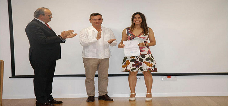 La UCA entrega el primer premio INNOVA a varios docentes del Departamento.